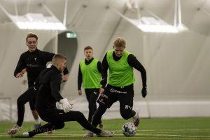 Hyökkääjä Eetu Rissanen onnistui maalinteossa AC Oulu-pelissä