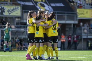 SUBWAY Kansallinen Liiga: KuPS - PK-35 Vantaa 5-1 (2-0)
