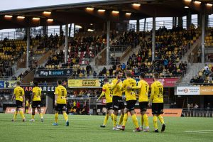 Otteluennakko: KuPS kohtaa runkosarjan päätöskierroksella kotikentällään HIFK:n